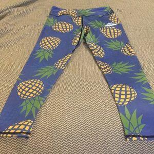 Pinapple yoga pants